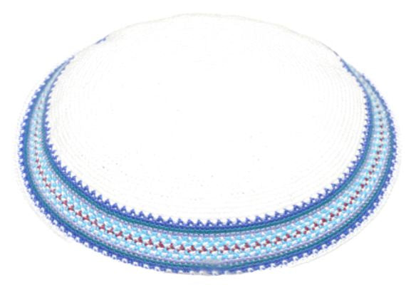 C KNITTED DMC KIPPAH 15 CM- WHITE WITH COLORS AROUND