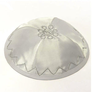 Satin Kippah 16 cm- White Diamond Shape