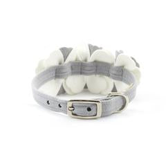 Susan Lanci Design - 'Tinkie Flowers' collar in platinum and white - TiaraPooches.Com