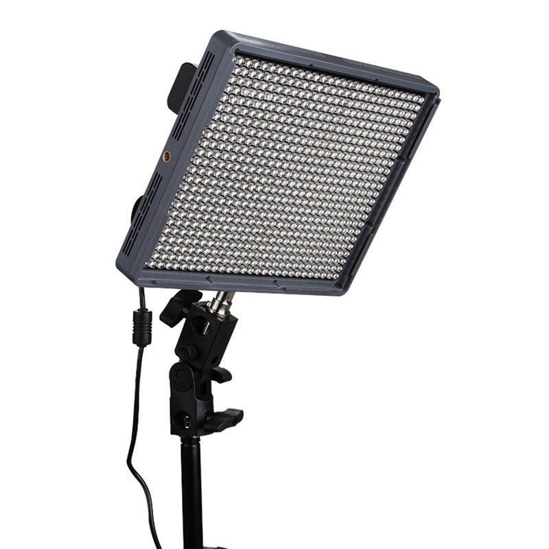 Aputure Amaran HR672S High CRI 95+ Studio Video Light LED Photo Light Adjustable Light with 2.4GHz Wireless Remote, Flicker Free
