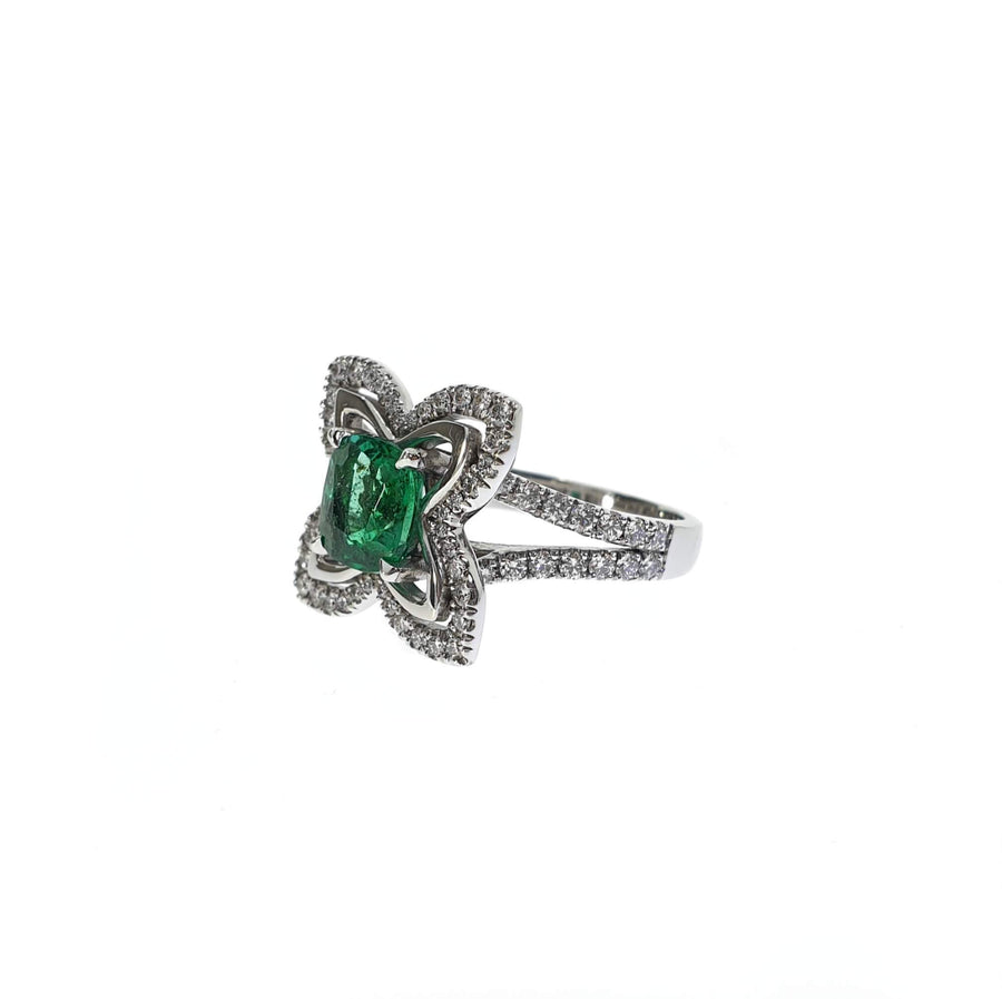 Colombian Emerald & Diamond Ring
