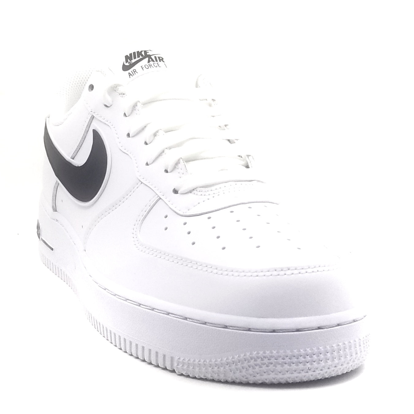 sports shoes 77a87 d53b4 Nike Air Force 1  07 3 White Black