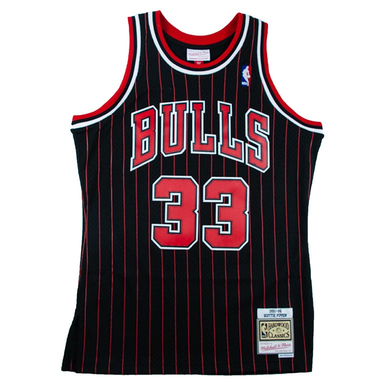 Mitchell & Ness Swingman Jersey Chicago Bulls 1995 Scottie Pippen Alternate Road