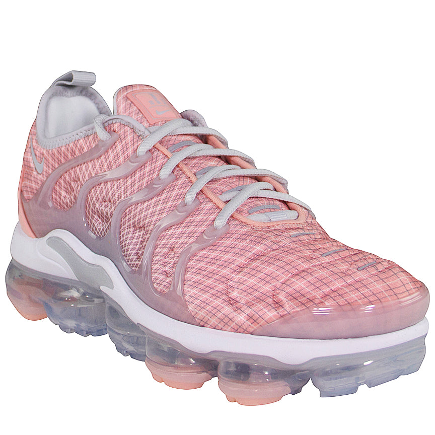 new product 8135f 58595 Nike Women's Air Vapormax Plus 'Bleached Coral'