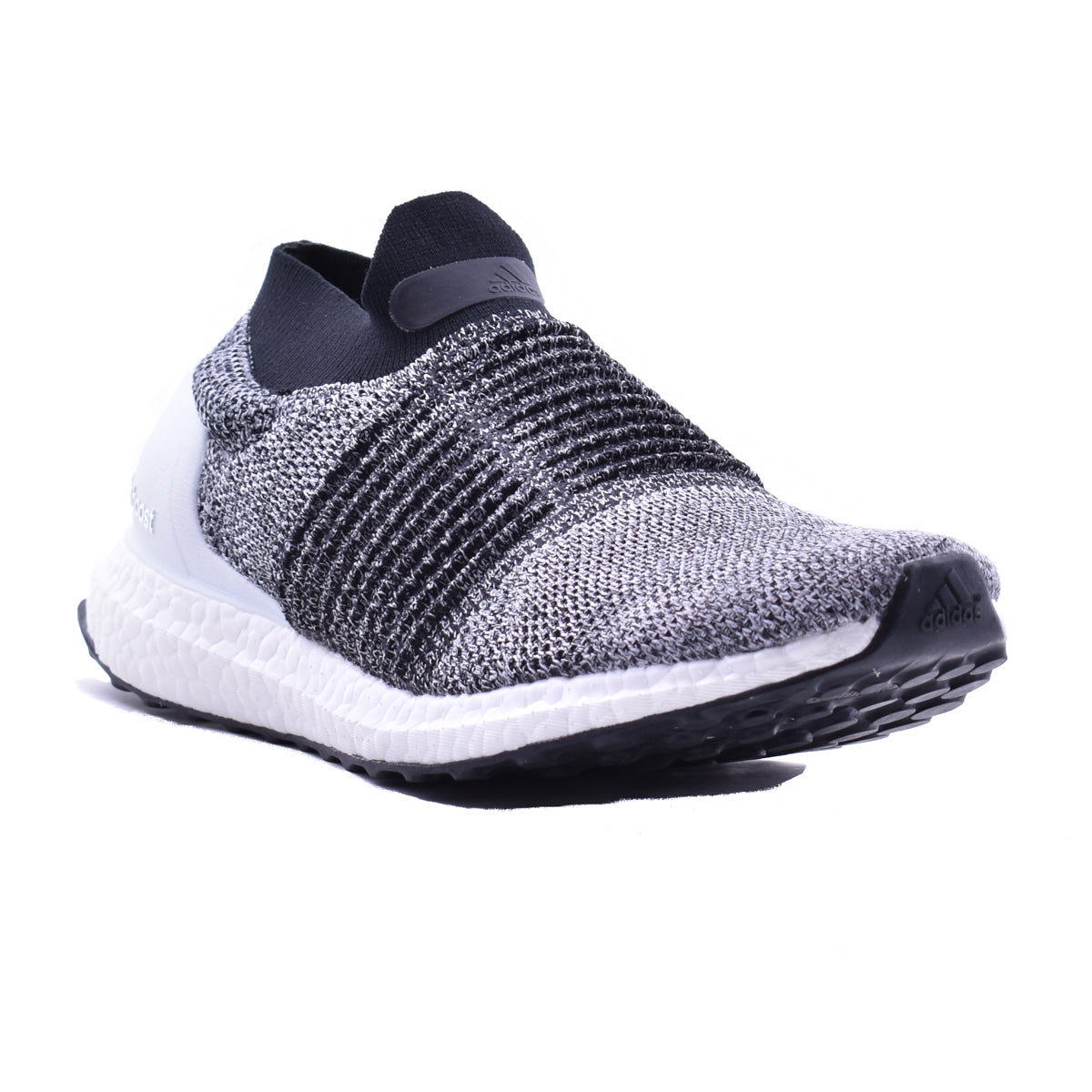 0c1fc63c05678 Adidas UltraBOOST Laceless  Oreo  – Puffer Reds