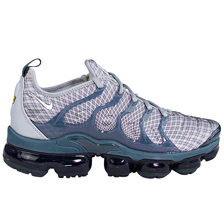best sneakers f1864 6dc34 Nike Air Vapormax Plus 'Wolf Grey'
