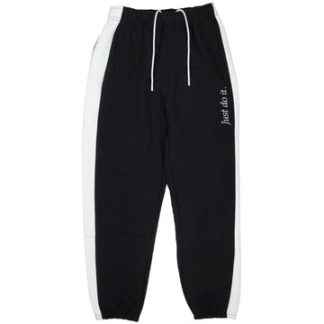 Nike Sportswear 'Just Do It' Heavyweight Black Jogger