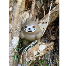 Load image into Gallery viewer, Sloth Mon Vinyl Figure LE 145
