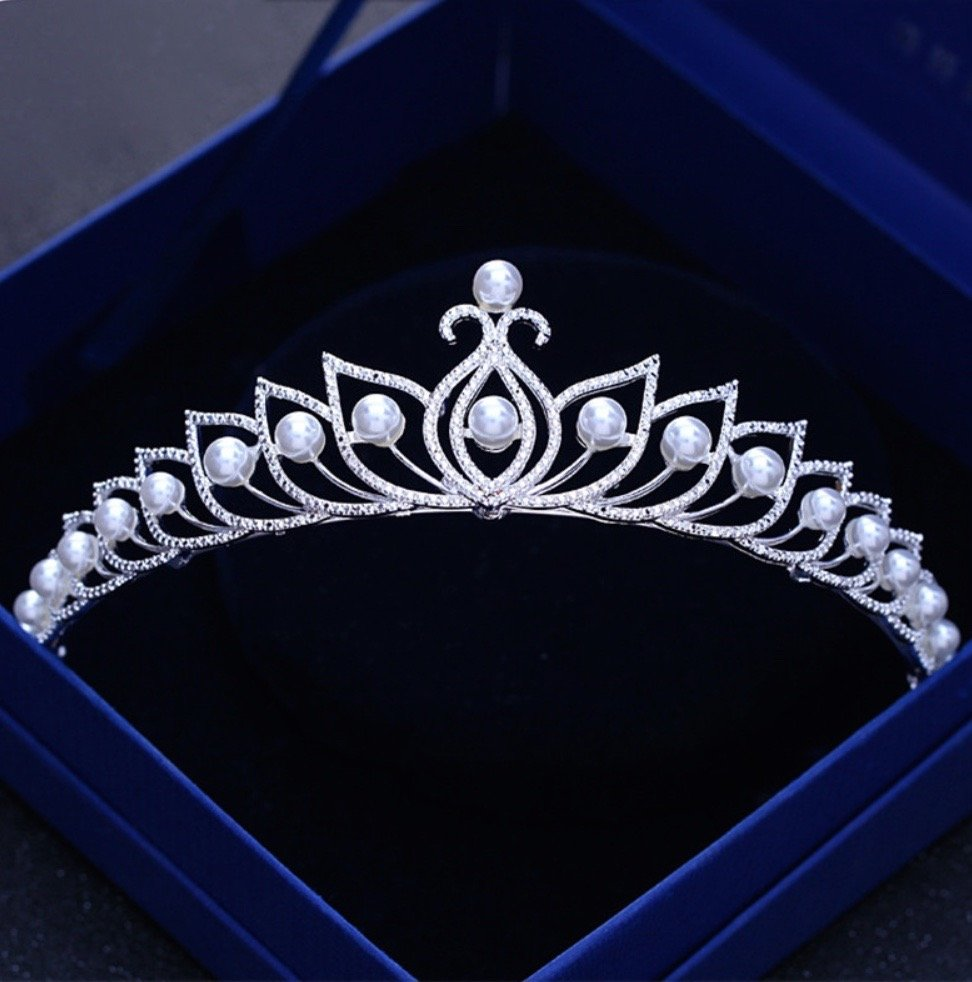 """Tracy"" - Wedding Pearl and Cubic Zirconia Tiara"