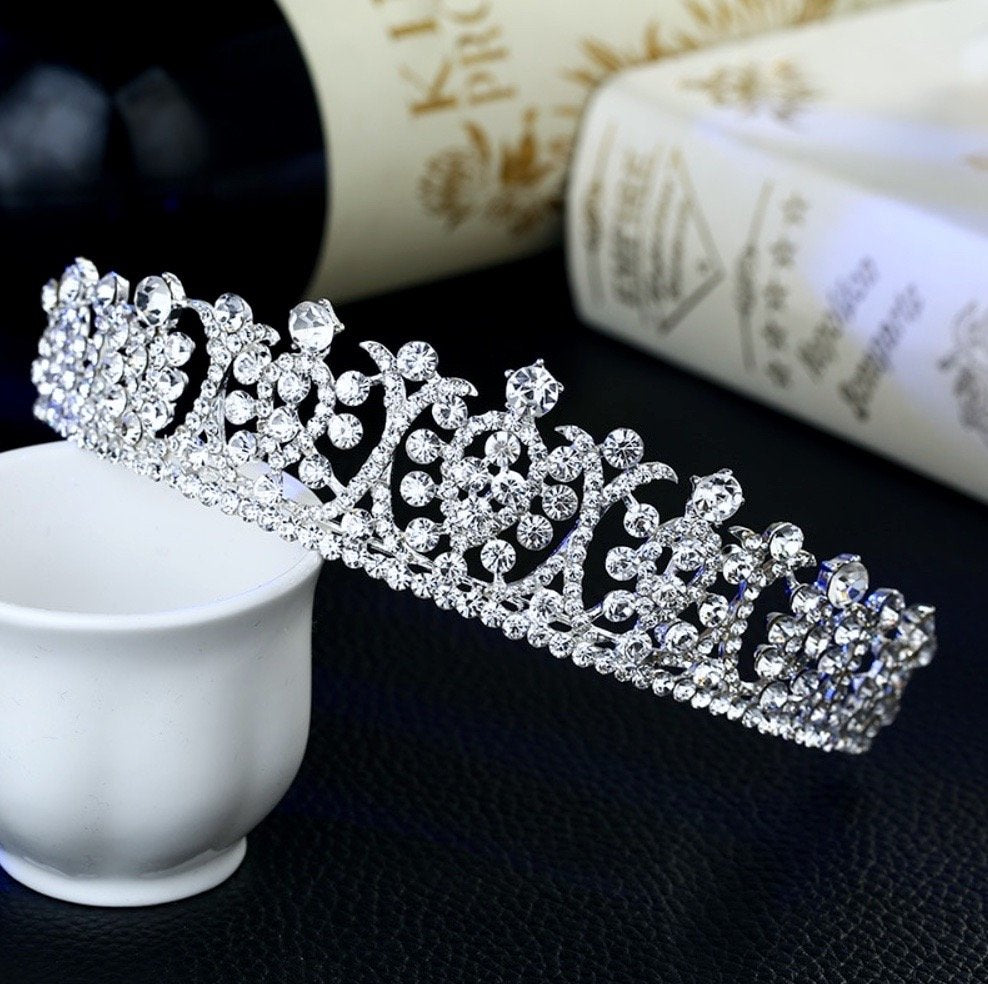 """Leanne"" - Wedding Cubic Zirconia Tiara"