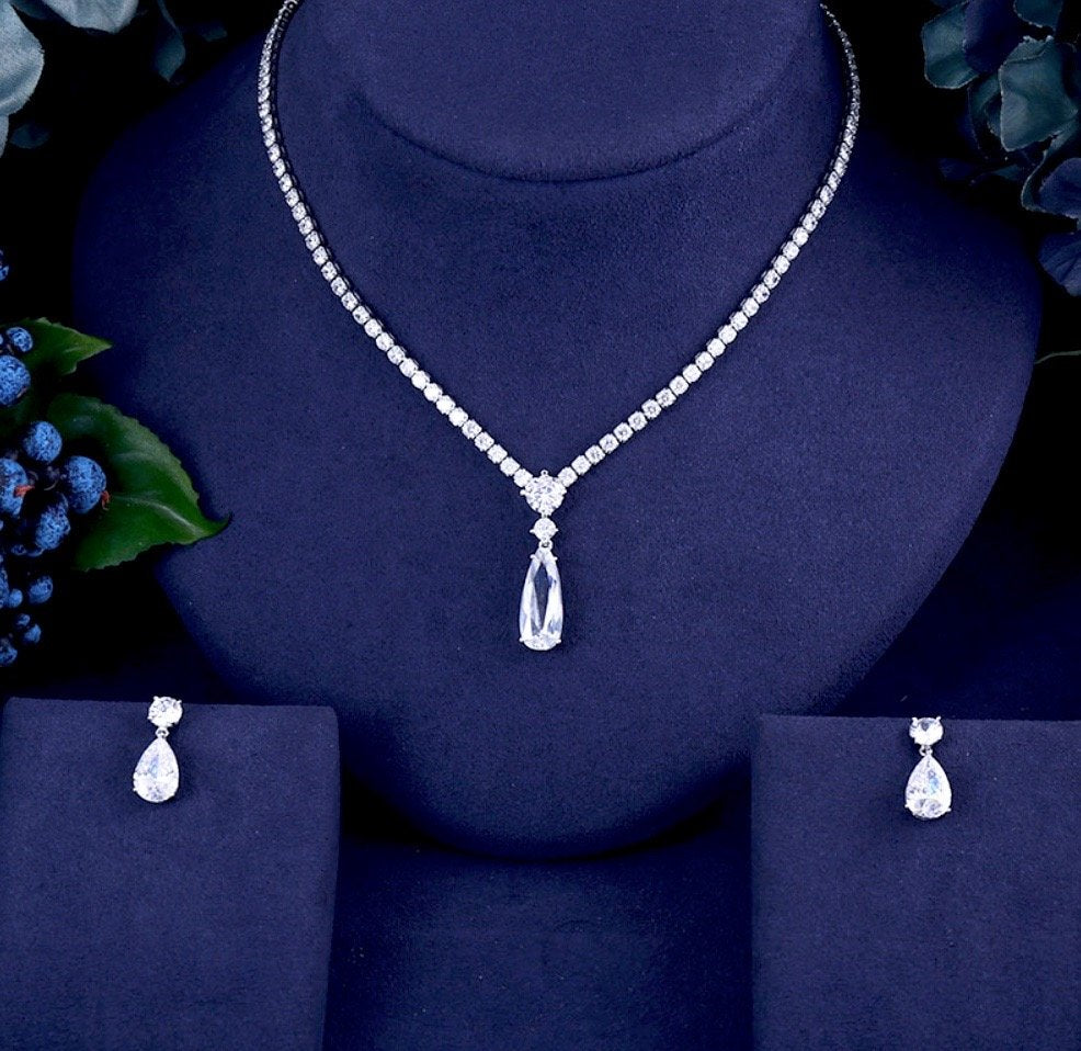 """Desiree"" - Silver Cubic Zirconia Bridal Jewelry Set"