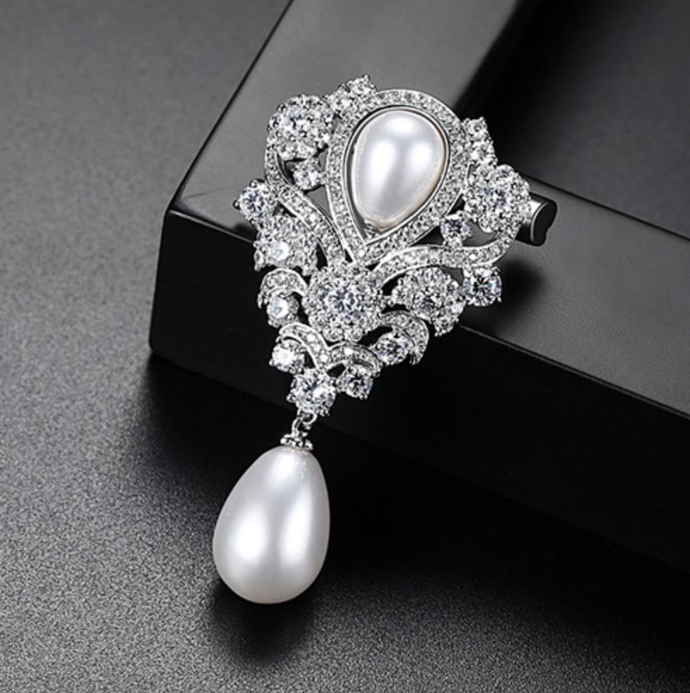 """Ramona"" - Pearl and Cubic Zirconia Bridal Brooch"