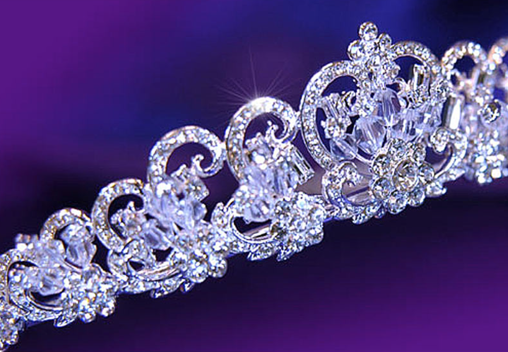 """Donna"" - Wedding Cubic Zirconia Tiara"