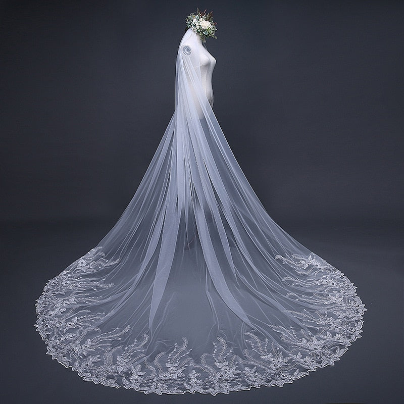 """Joanna"" - Lace Edge Cathedral Bridal Veil"