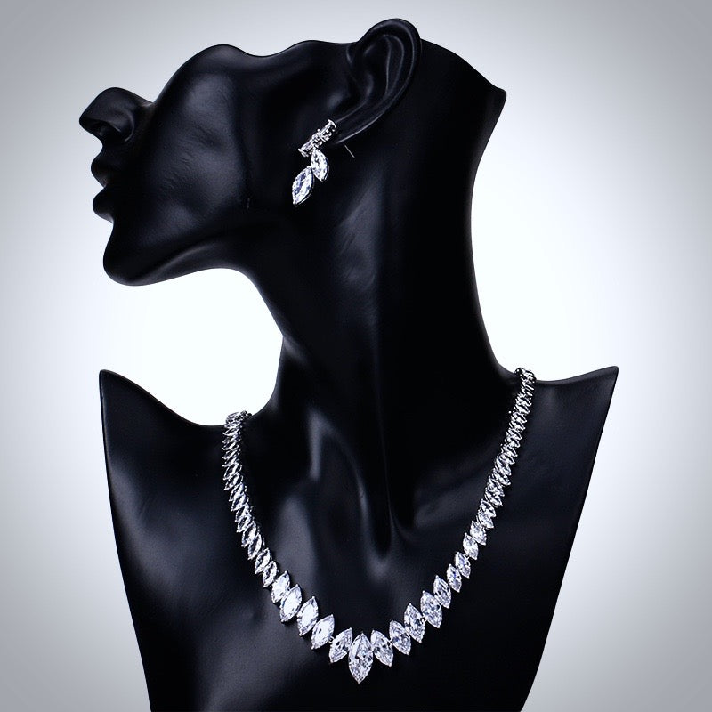 """Taylor"" - Silver Cubic Zirconia Bridal Jewelry Set"