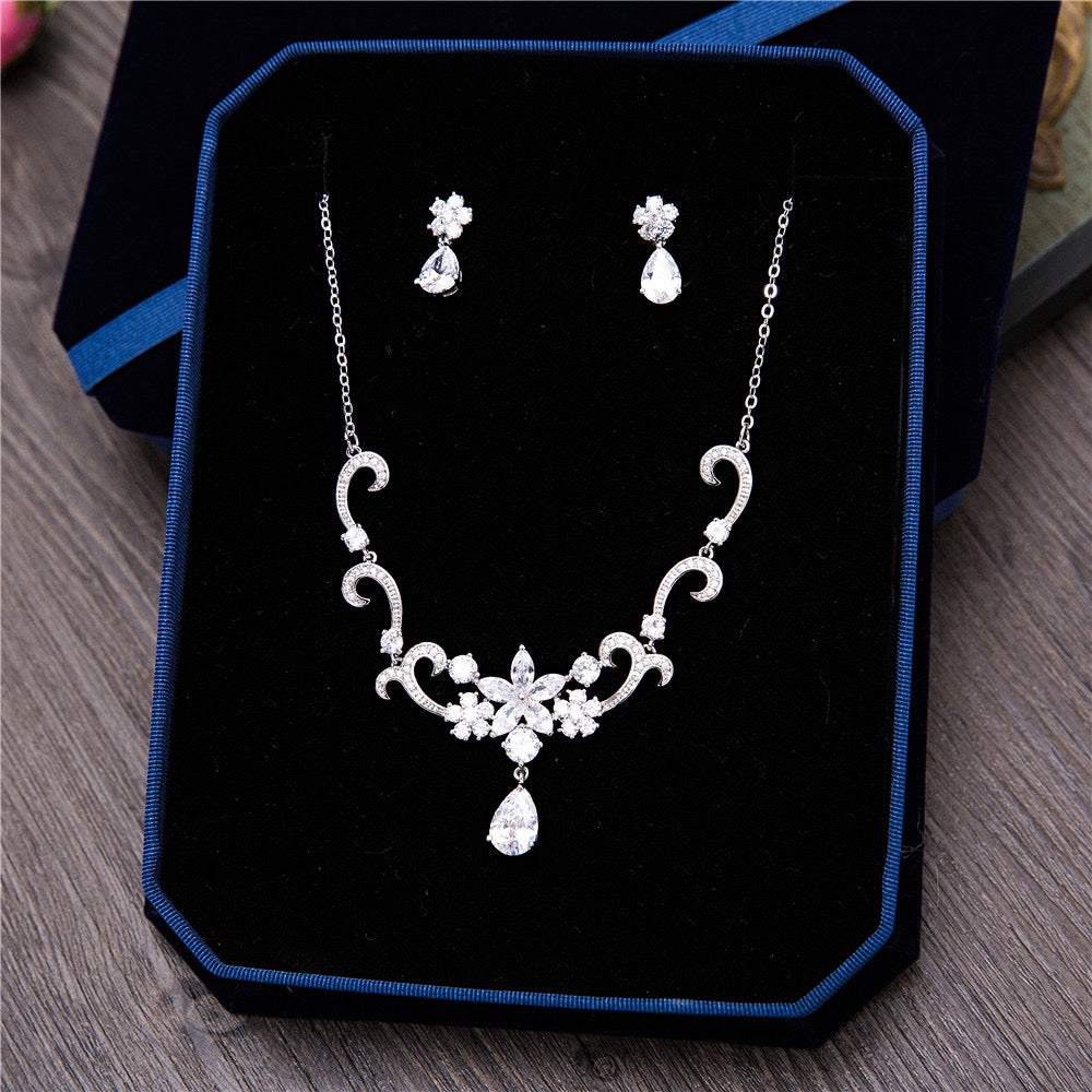 """Brooke"" - Silver Cubic Zirconia Bridal Jewelry Set"