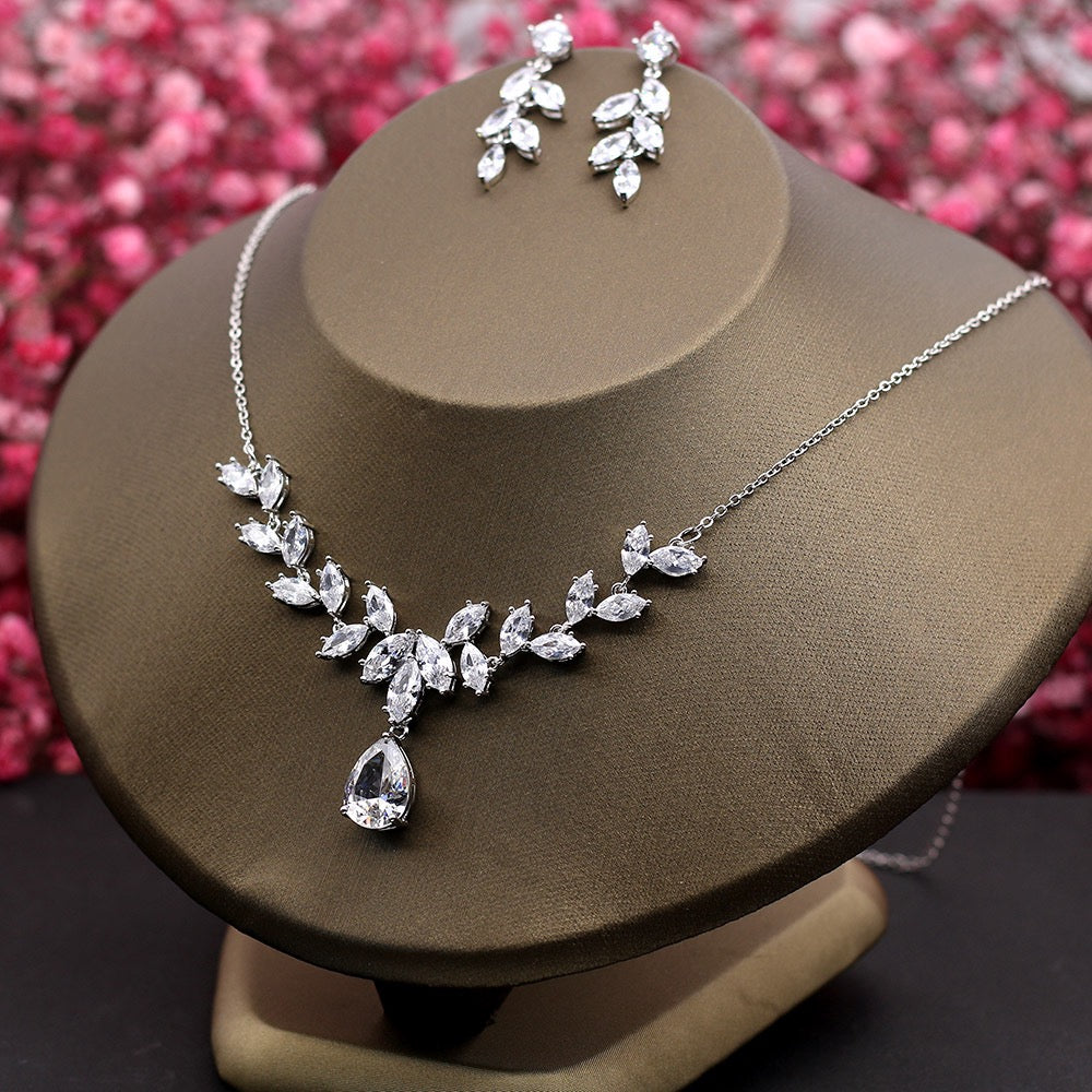 """Stephanie"" - Silver Cubic Zirconia Bridal Jewelry Set"