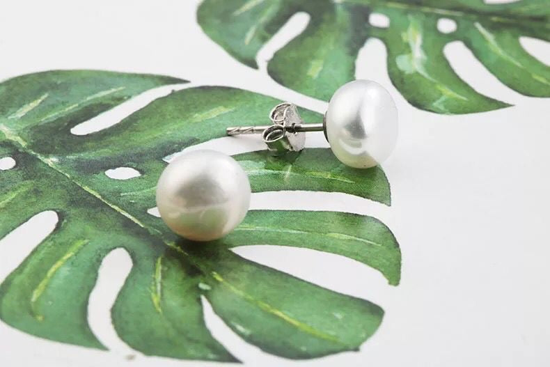 """Maisy"" - Freshwater Pearl and Sterling Silver Stud Earrings"