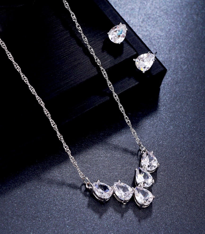 """Alicia"" - Silver Cubic Zirconia Bridal Jewelry Set"