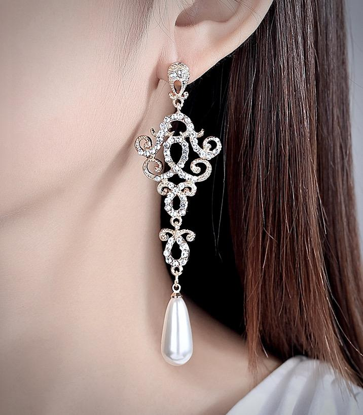 Wedding Jewelry - Rhinestone and Pearl Bridal Earrings