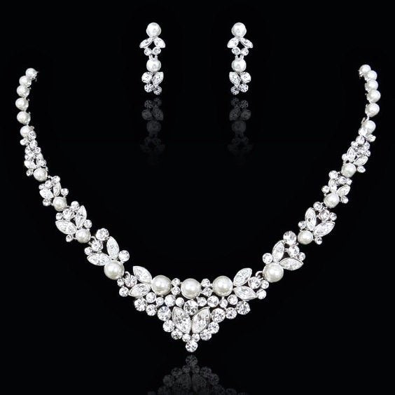 Wedding Jewelry - Pearl and Crystal Bridal Jewelry Set with Tiara
