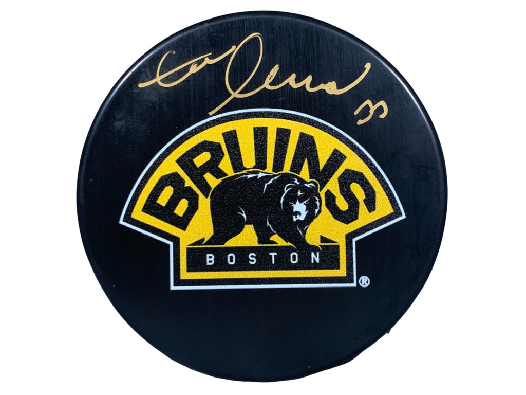 Zdeno Chara signed puck NHL Boston Bruins Zdeno Chara Hologram