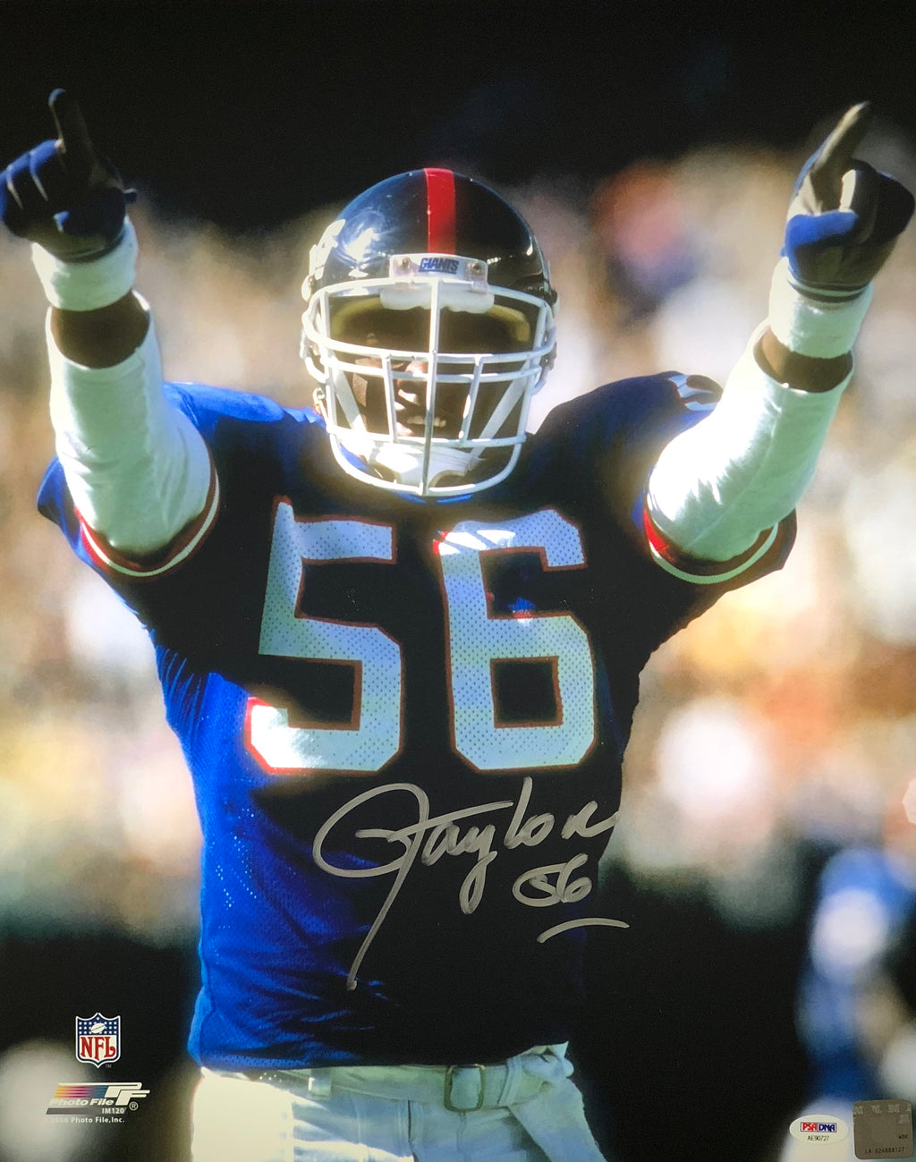 Lawrence Taylor autographed 16x20 NFL New York Giants PSA MVP Photo File