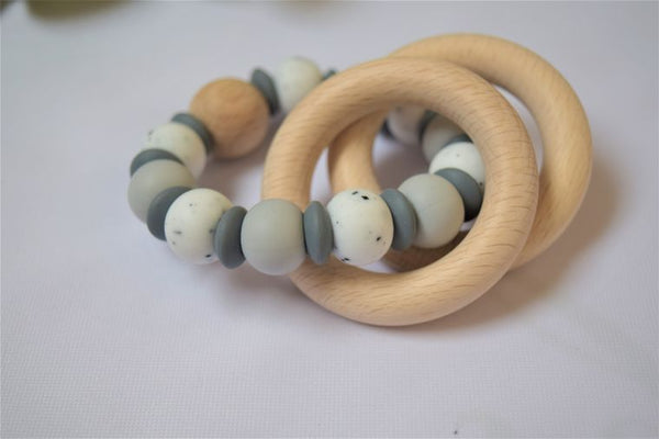Teething Rattle - lentil, dark grey, gritty white and light frey