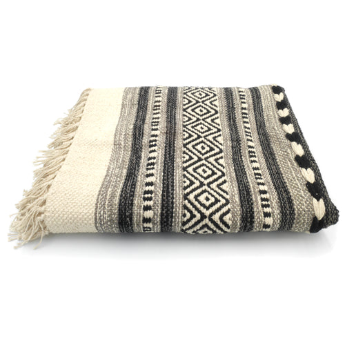 Woven Dhurrie Rug - Black and White