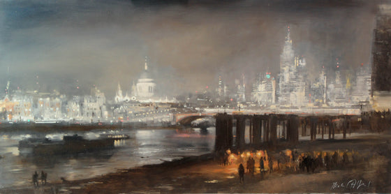 Michael Alford_Fire-Eaters, Low Tide above Blackfriar's Bridge
