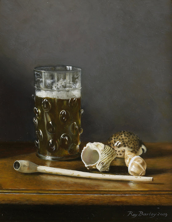 Dutch beer glass with sea shells and clay pipe