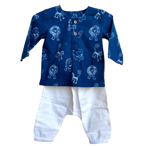 UNISEX ZOO PRINT KURTA WITH WHITE PYJAMA PANTS
