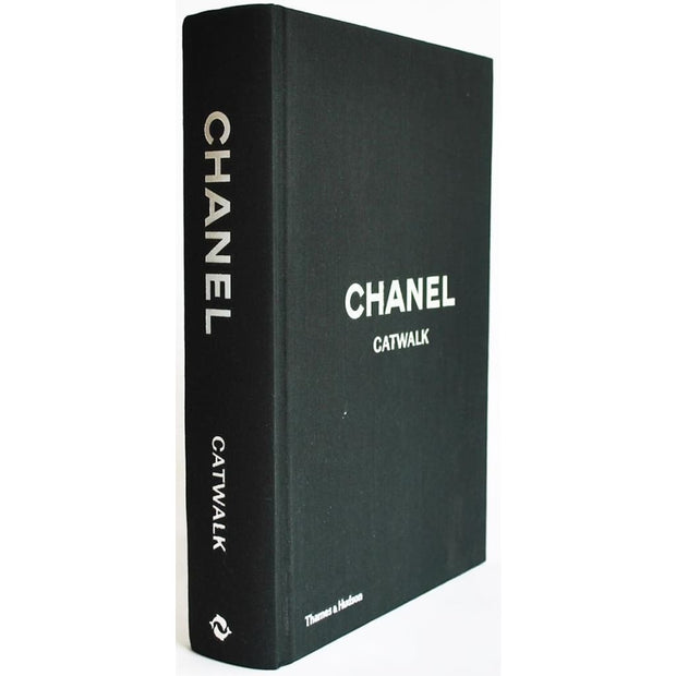 Chanel Catwalk : The Complete Karl Lagerfeld Collections
