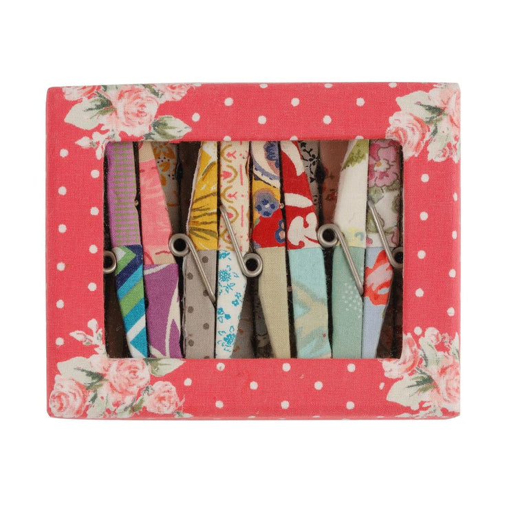 QUILTED PEG SET
