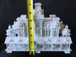 Miniature Victorian Train Station Depot HO Gauge Scale 1:87 Assembled Built Game