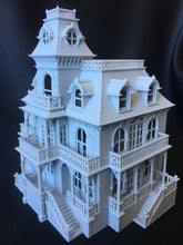 FURNISHED Gray Miniature Haunted Halloween House/Mansion Victorian House 1:87 HO Scale
