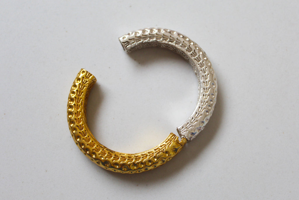 18K Gold Plated Two-Tone Devmali Hammered Bangle