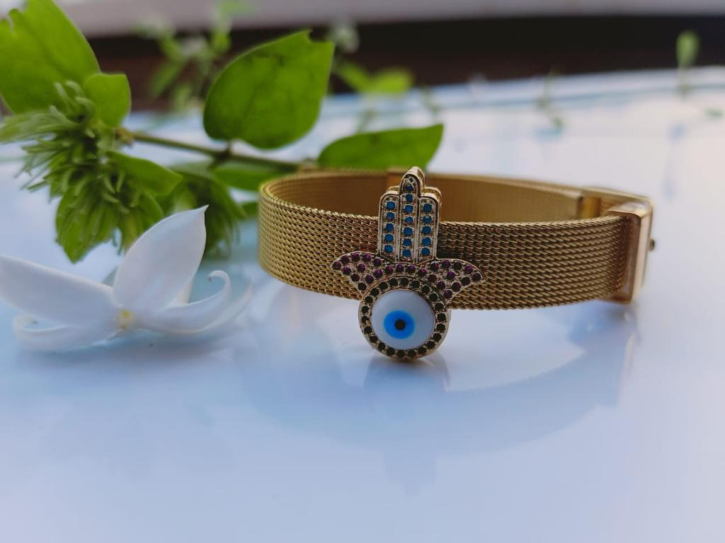 Yellow Gold Tara Hamza Belt Bracelet