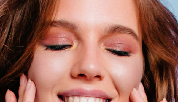 Back-To-School-Peach-Eyeshadow-Monochromatic-Makeup-Look-Step-1