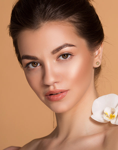 natural-glowy-bronze-beauty-makeup-look-cover-photo