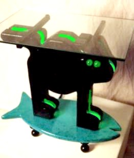 LED cat art end table