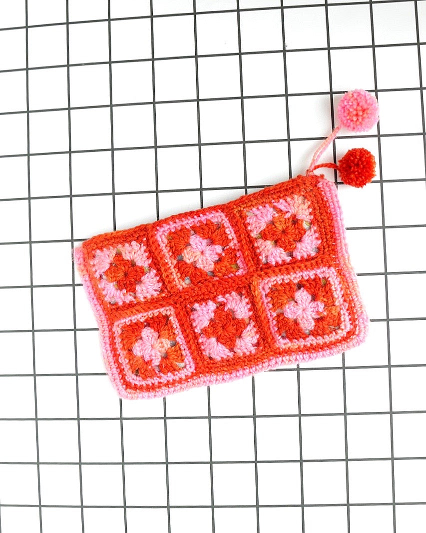 Hip to Be Granny-Square Zip Bag Digital Crochet Pattern