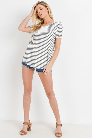 TIARA RIBBED OPEN BACK STRIPE SHORT SLEEVE TOP