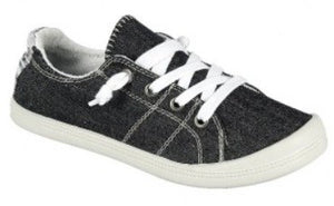 COMFORT LOW TOP SNEAKER