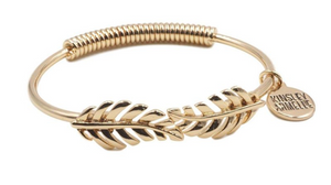 KINSLEY ARMELLE LAUREL LEAF BRACELET