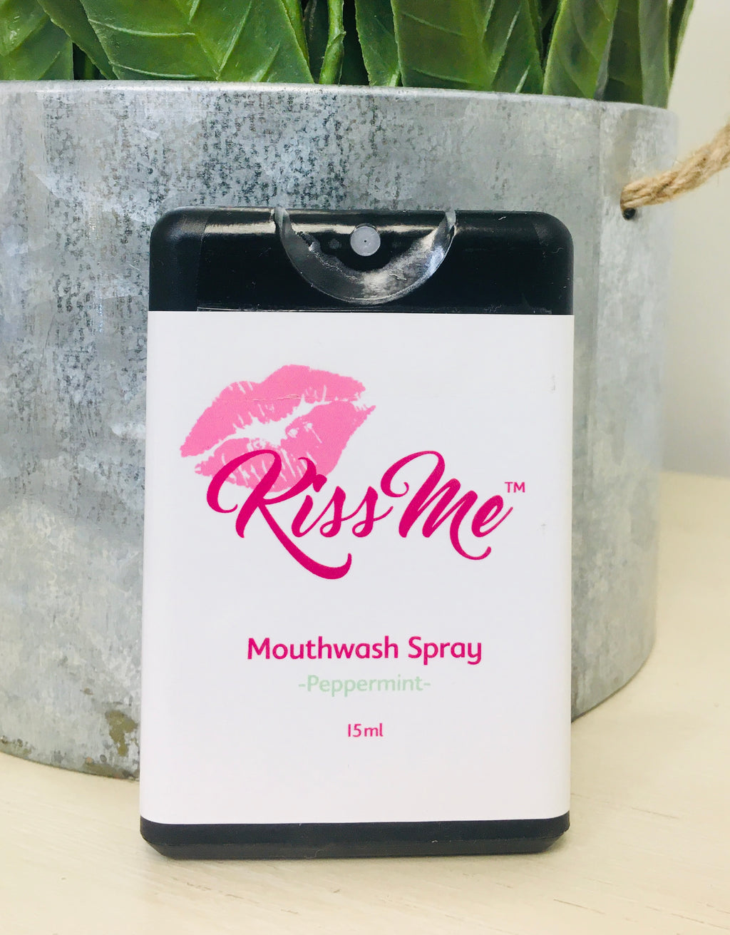 Kiss Me - Mouthwash Spray