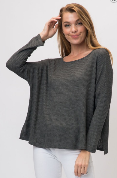 LIGHT WAFFLE KNIT BOAT NECK LONG SLEEVE TOP