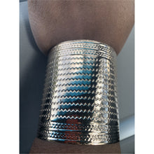 Load image into Gallery viewer, Cuff Bracelets