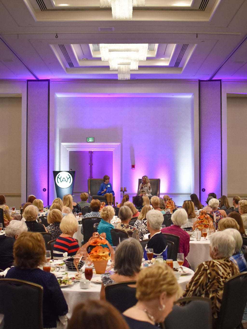 Neely Speaking at the Women's Association of Hilton Head Island!