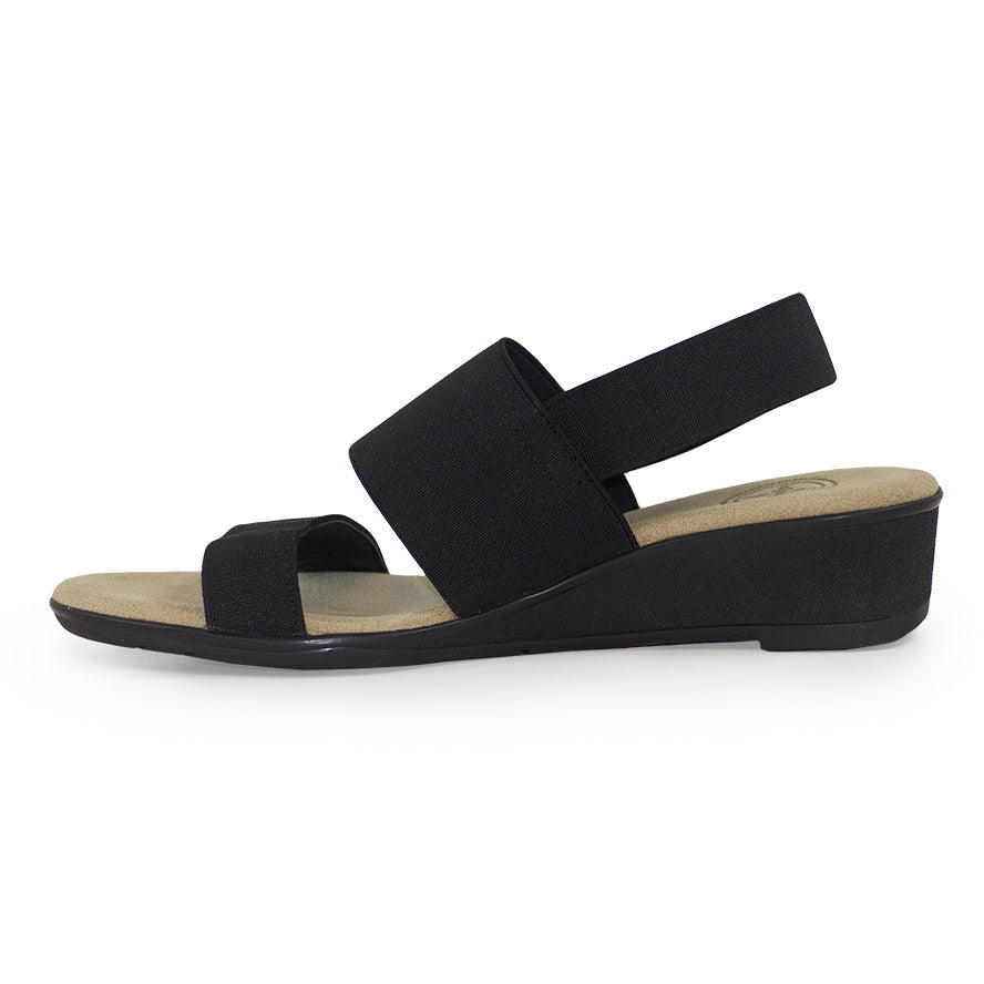 comfortable black sandals - charleston shoe co